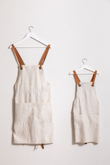 Set 2 Aprons Adult and Kids Zacari